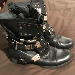 Women's Aldo Size 8 1/2 Black Pleather Boots.